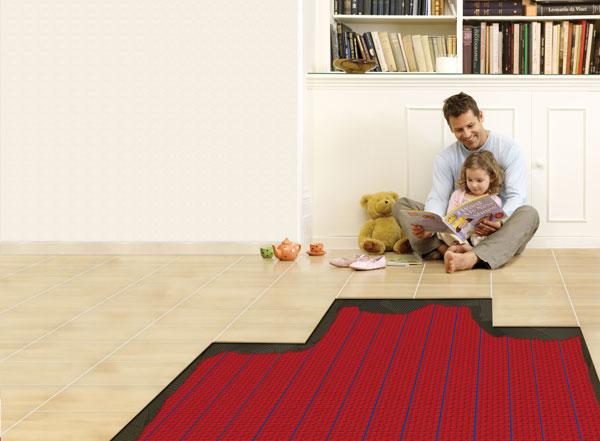 Elektrische Fußbodenheizung von Warmup – selbstklebendes Matten-Heizsystem in der Detailansicht